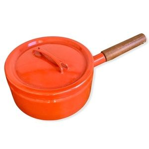FINEL ARABIA | Seppo Mallat Enamel Sauce Pan with Lid | Made in Finland